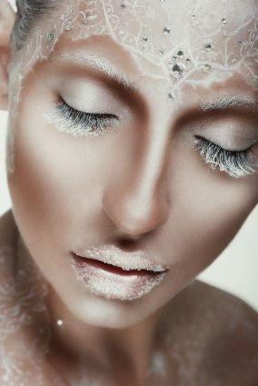 afb65753237d574e19f7d117c2014884--fantasy-make-up-makeup-halloween